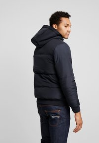 Only & Sons - ONSBOSTON HOOD JACKET - Zimní bunda - dark navy - 2