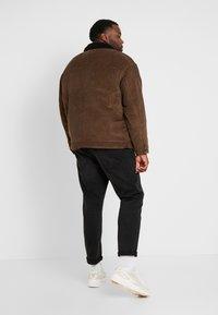 Only & Sons - ONSRICK OVERSIZE  - Light jacket - brown - 2