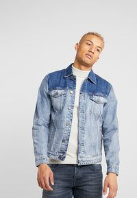 Only & Sons - ONSCOIN TRUCKER  - Jeansjacke - blue denim - 0
