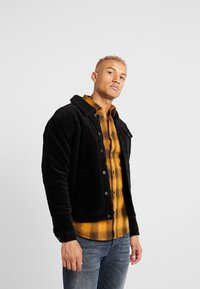 Only & Sons - ONSMODE TEDDY - Übergangsjacke - black - 0