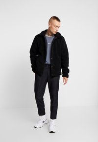 Only & Sons - ONSTODD COACH JACKET - Summer jacket - black - 1