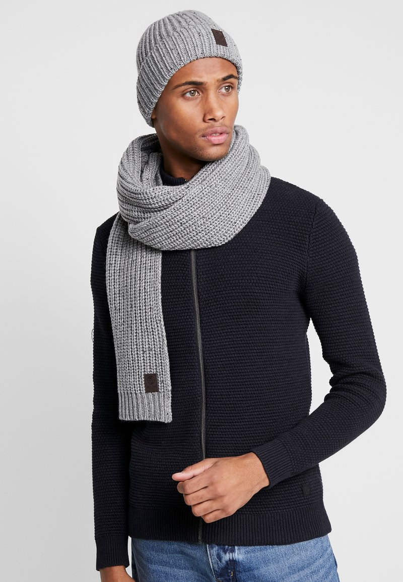Only & Sons - ONSEMILE BOX SCARF BEANIE SET - Scarf - light grey