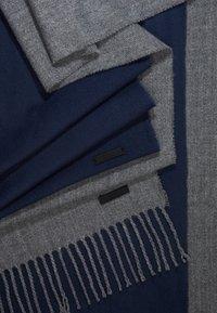 Only & Sons - ONSCARLO SCARF 2 PACK - Huivi - medium grey melange /dress blue - 3