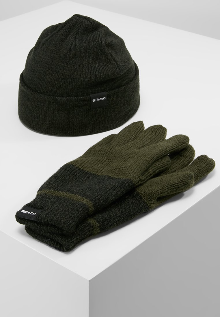 Only & Sons - ONSX-BOX GLOVES BEANIE SET - Guantes - forest night