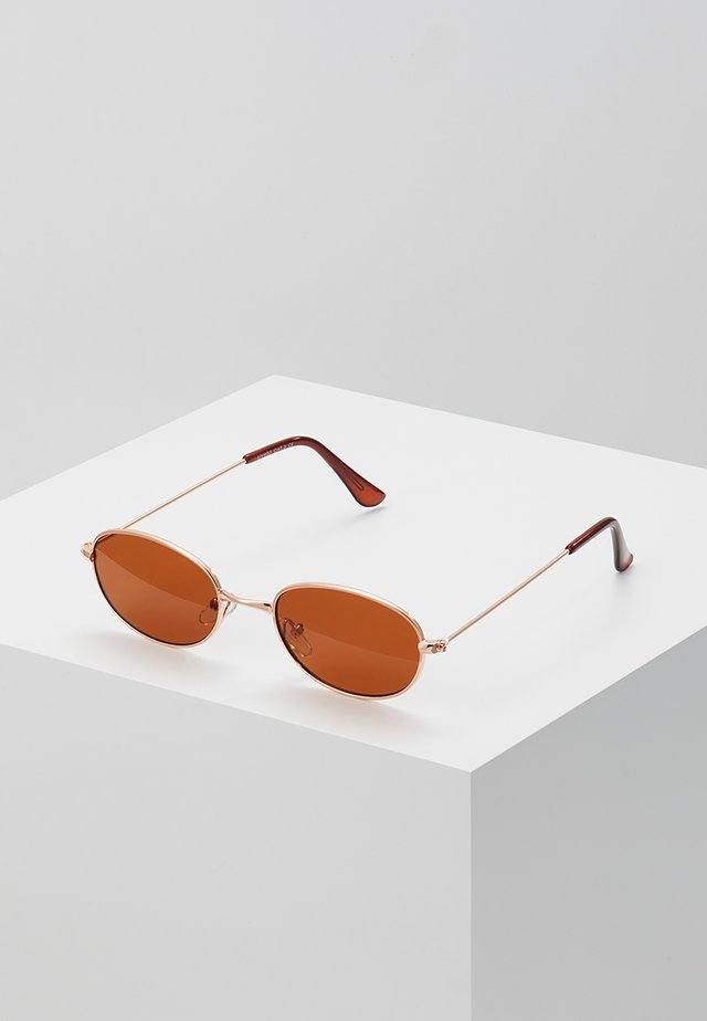 ONSSUNGLASSES COLOURED - Sunglasses - brown stone