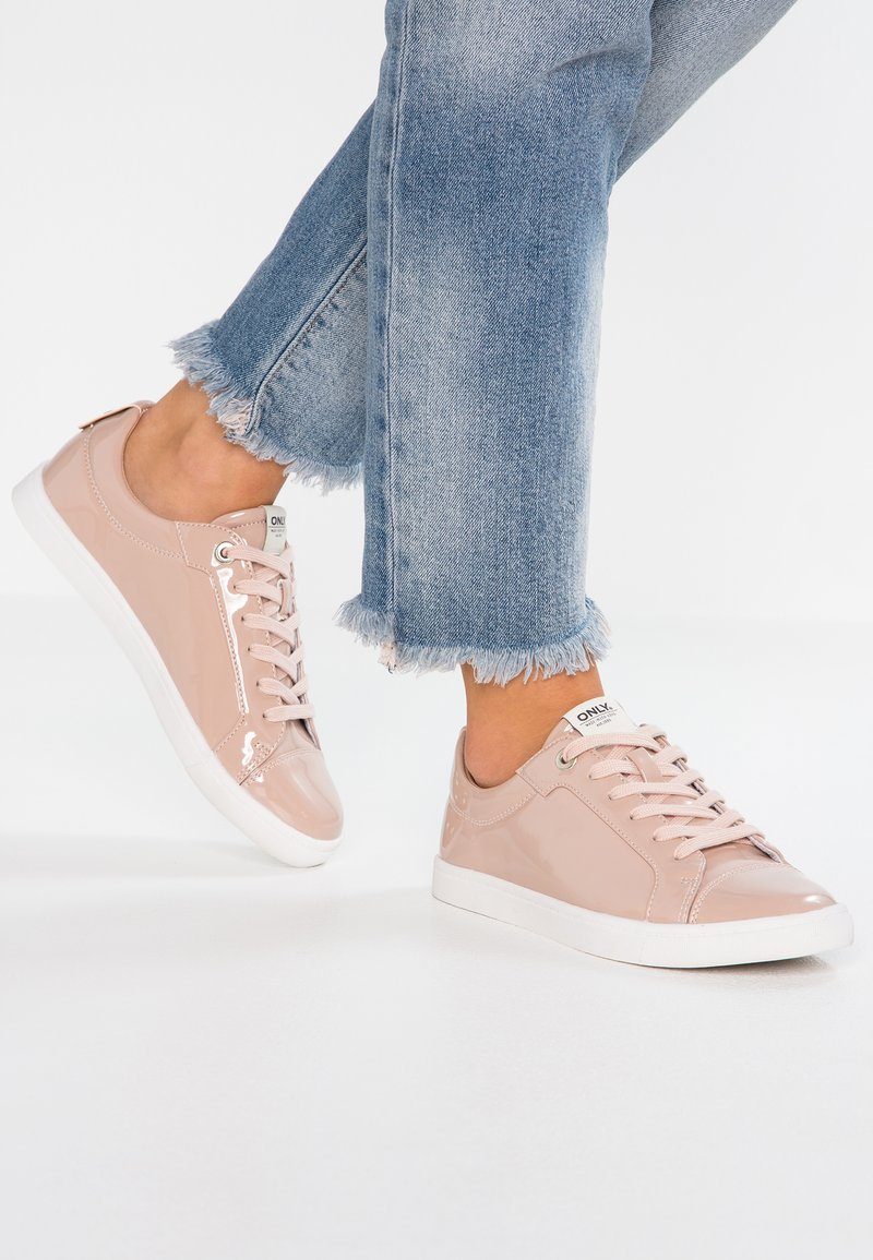 ONLY SHOES - ONLSILJA - Sneaker low - nude