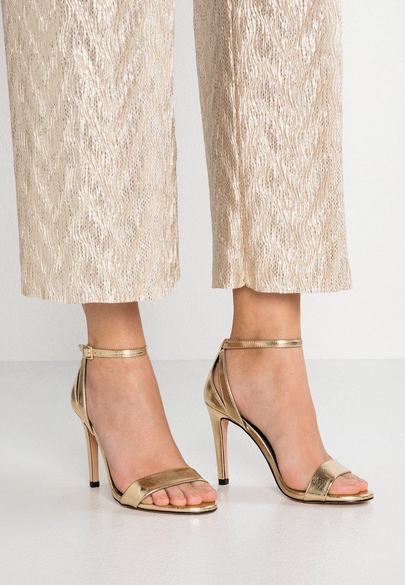 ONLY SHOES - ONLAILA   - High Heel Sandalette - gold