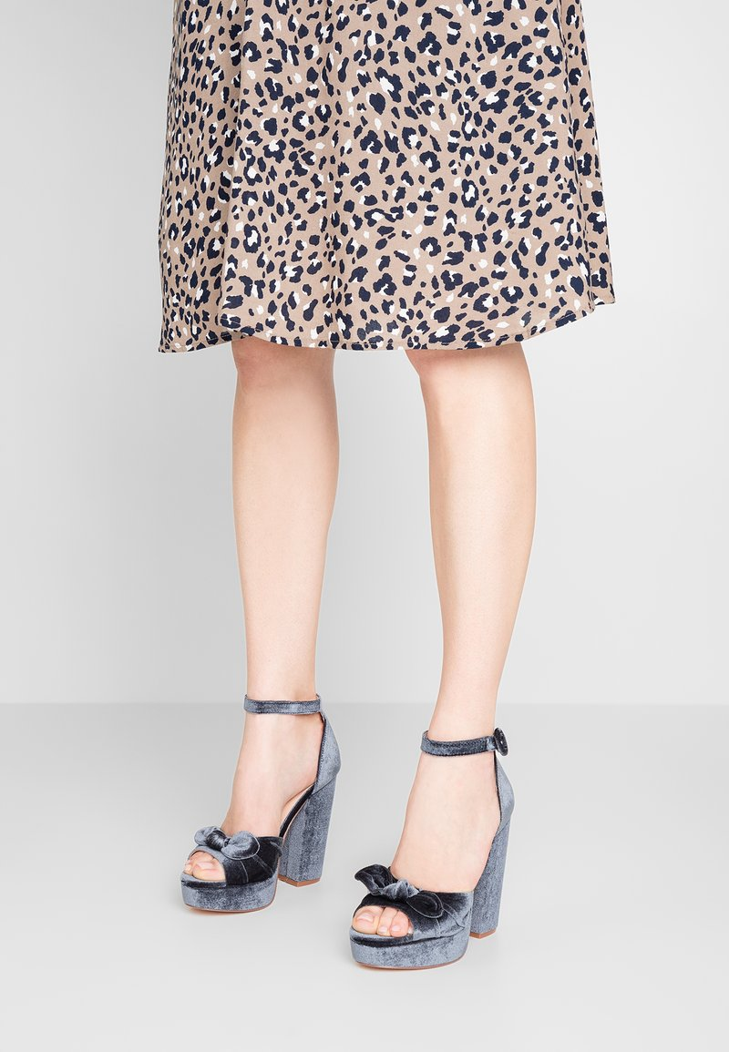 ONLY SHOES - ONLALLIE BOW - Sandali con tacco -  blue