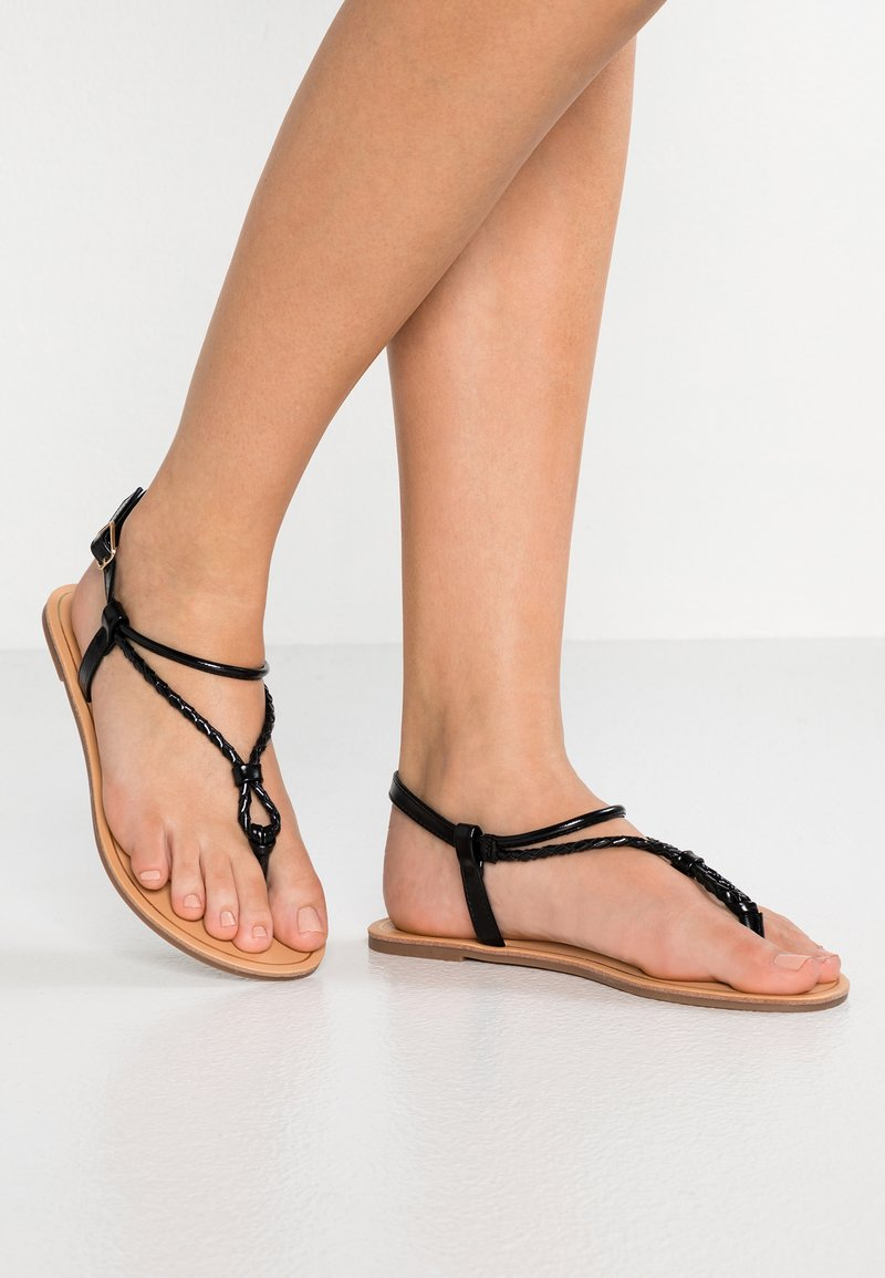 ONLY SHOES - ONLMARGIT BRAIDED ANKLE  - Zehentrenner - black