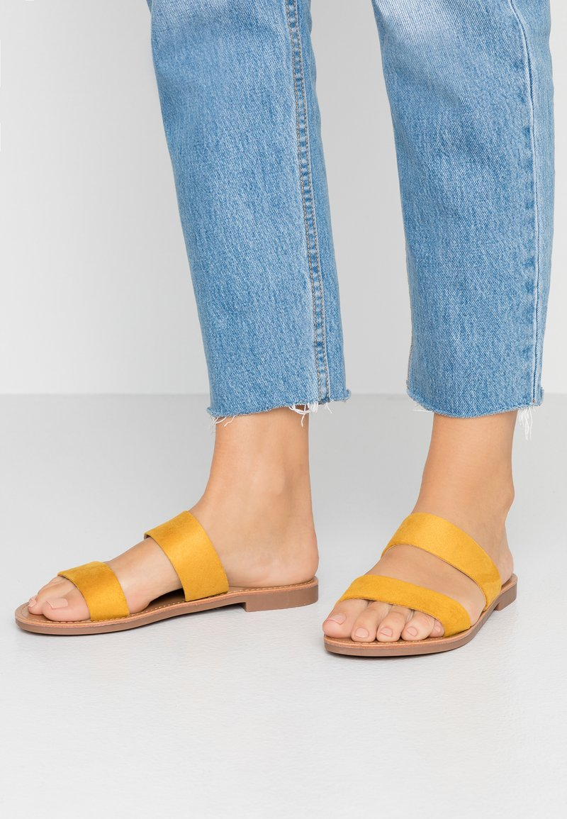 ONLY SHOES - Pantolette flach - yellow