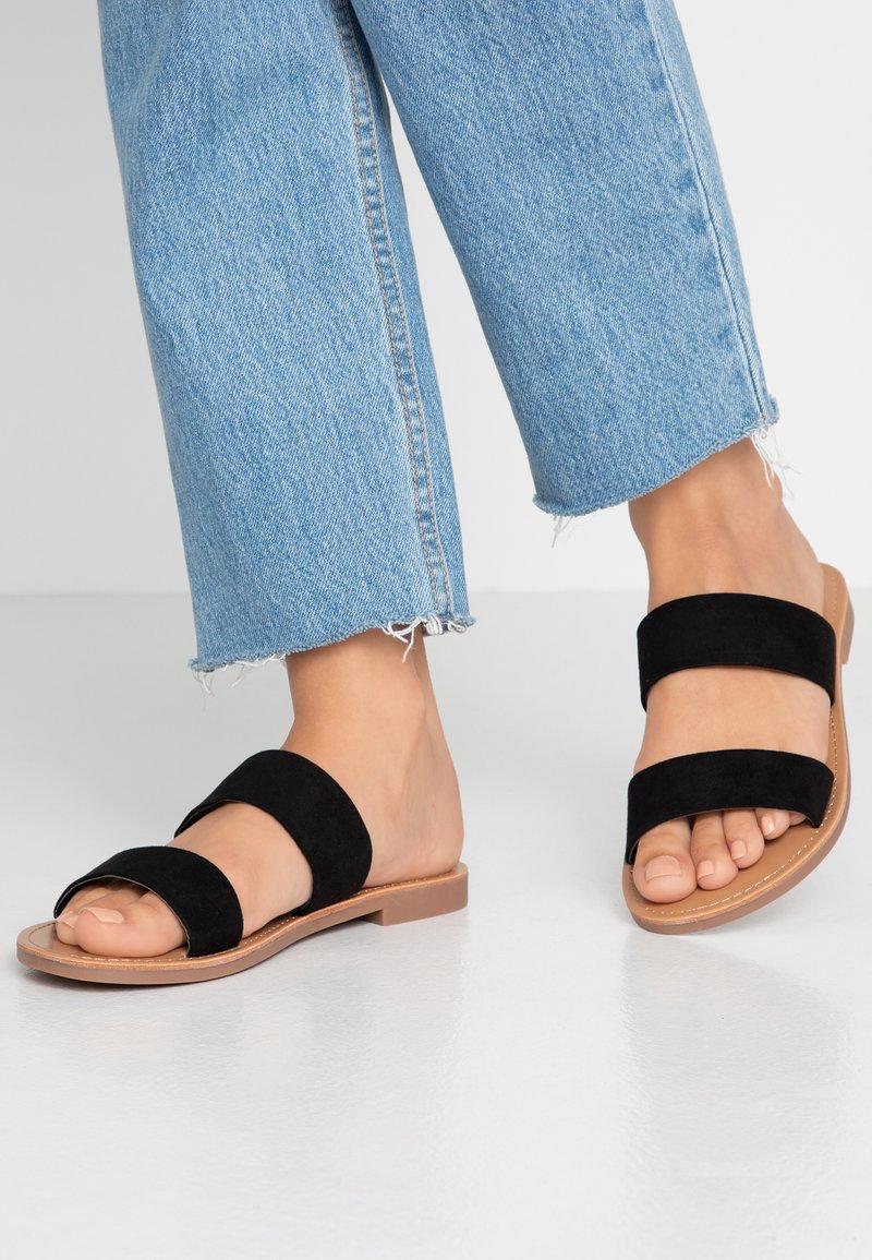 ONLY SHOES - Pantolette flach - black