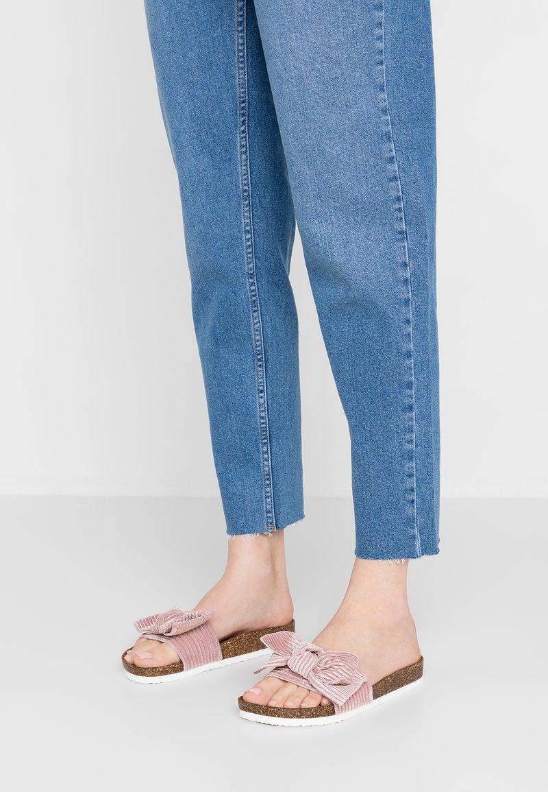 ONLY SHOES - ONLMATHILDA BOW SLIP ON - Sandaler - light pink