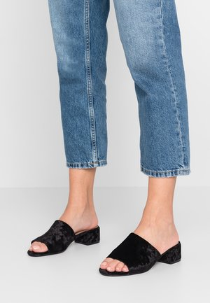 ONLAPRIL HEELED SLIP ON - Ciabattine - black