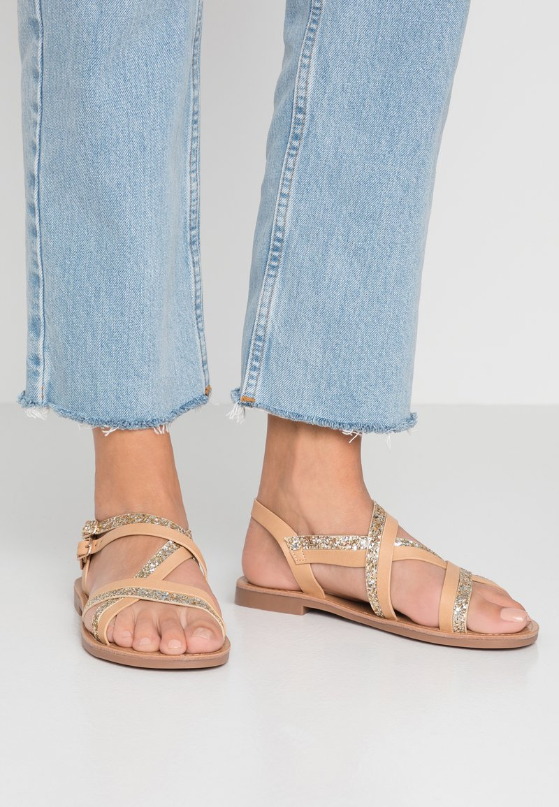 ONLY SHOES - ONLMANDALA CROSSOVER  - Sandals - tan/glitter