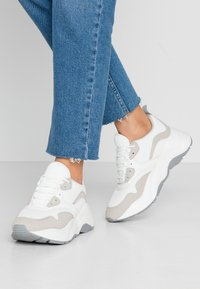 ONLY SHOES - Joggesko - white - 0