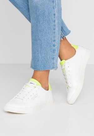 ONLSILJA DETAIL - Sneakers - white/yellow