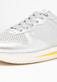 ONLY SHOES - ONLSILLIE BLOCK - Sneakers - silver - 2