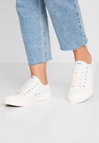 ONLY SHOES - ONLNEW SURI  - Sneaker low - white - 0