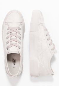 ONLY SHOES - ONLSALONI DETAIL  - Sneakers basse - light grey - 3