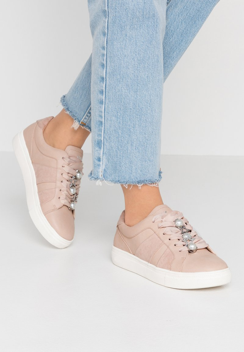 ONLY SHOES - ONLSAGE PANEL - Trainers - rose