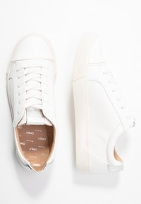 ONLY SHOES - ONLSKYE TOE CAP  - Sneakers - white - 3
