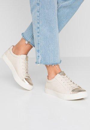 ONLSKYE TOE CAP  - Sneaker low - beige