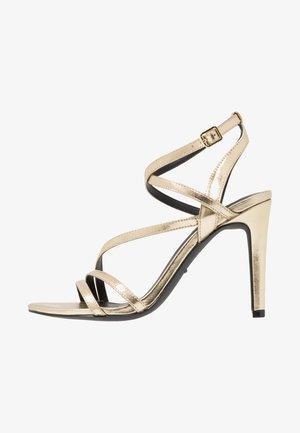 ONLAILA CROSS  - Sandály na vysokém podpatku - gold