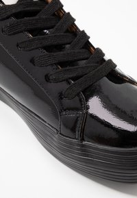 ONLY SHOES - ONLSALONI - Sneakers basse - black - 2