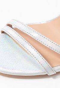 ONLY SHOES - ONLAILA WRAP - Sandales à talons hauts - silver - 2