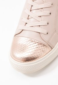 ONLY SHOES - ONLSKYE CROC TOE CAP - Trainers - rose - 2