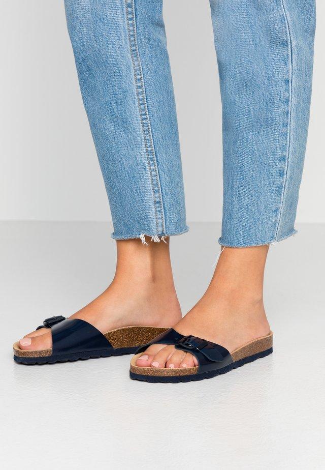 ONLMADISON LEATHER SLIP ON - Pantoffels - blue