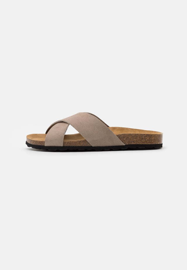 ONLMADISON SLIP ON - Pantoffels - beige