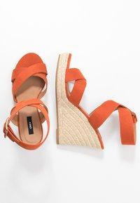 ONLY SHOES - ONLAMELIA WRAP  - Korolliset sandaalit - orange - 3