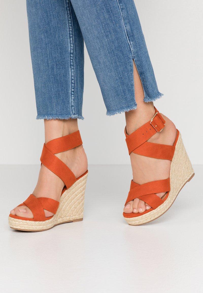 ONLY SHOES - ONLAMELIA WRAP  - Korolliset sandaalit - orange