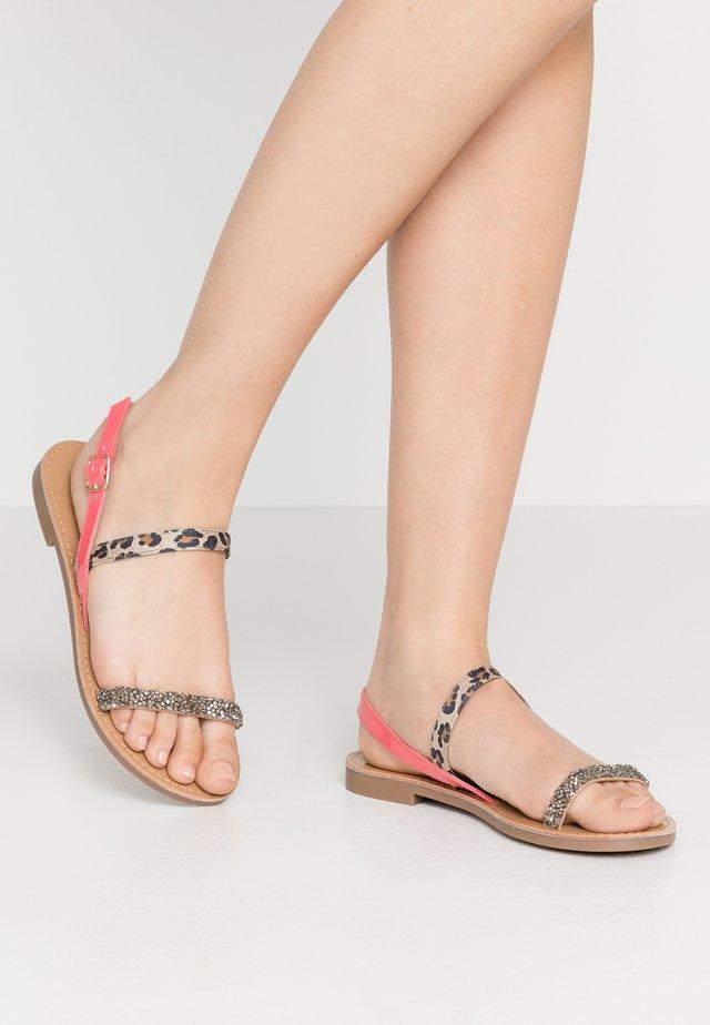 ONLMELLY  - Sandaalit nilkkaremmillä - neon pink