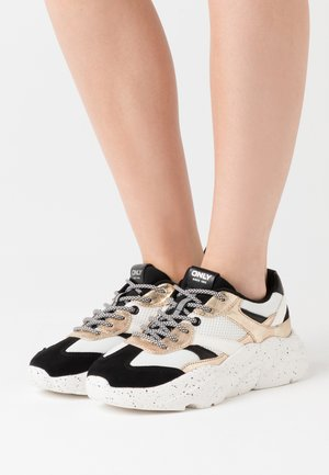 ONLSANNA CHUNKY - Zapatillas - white/gold