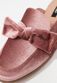 ONLY SHOES - ONLBATIDA SLIP ON - Mules - light pink - 2
