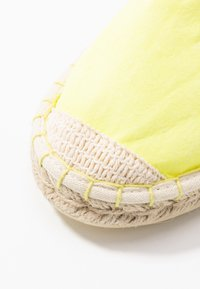 ONLY SHOES - ONLEVA - Espadrilles - neon yellow - 2