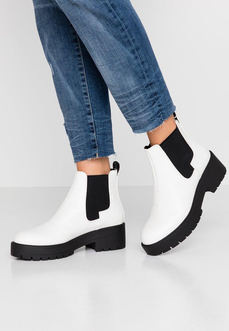 ONLY SHOES - ONLBRANKA BOOTIE - Ankelstøvler - white