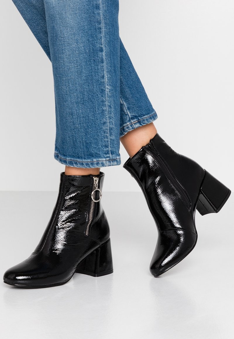 ONLY SHOES - ONLBIMBA HEELED ZIP BOOTIE - Classic ankle boots - black