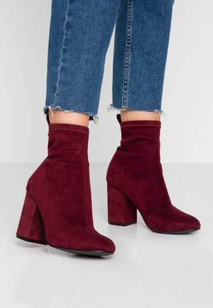 BETTE SHORT  - Bottines à talons hauts - bordeaux
