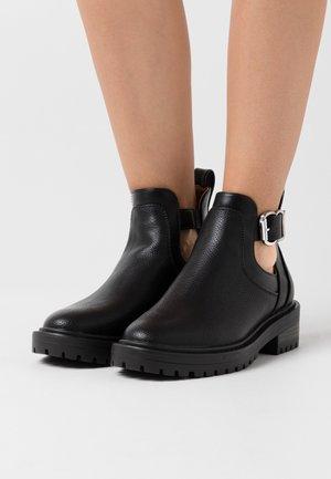 ONLBOLD CUT OUT - Ankle boots - black