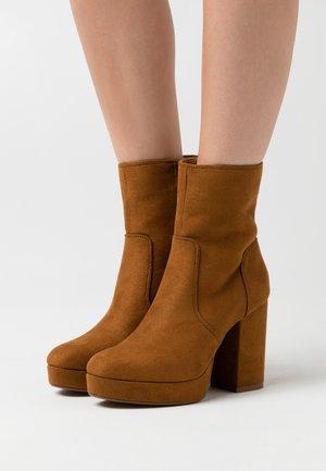 ONLBRIN LIFE SHAFT BOOTIE  - High heeled ankle boots - cognac