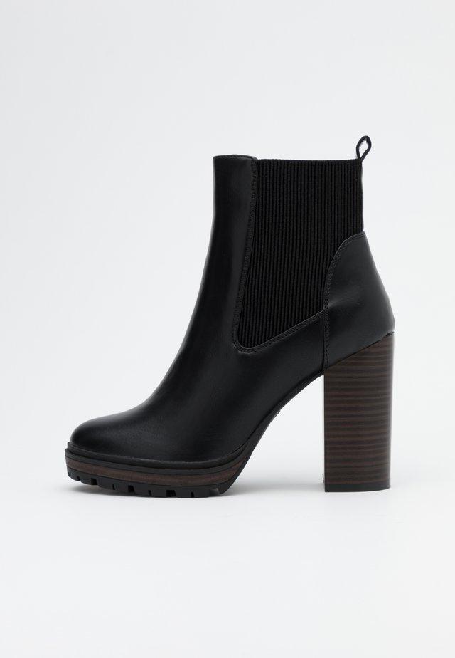 ONLTAYA STACKED BOOT - Ankelboots med høye hæler - black