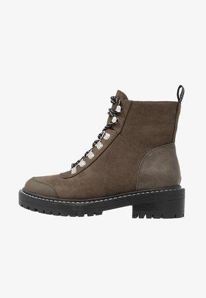 ONLBOLD LACE UP - Šněrovací kotníkové boty - khaki