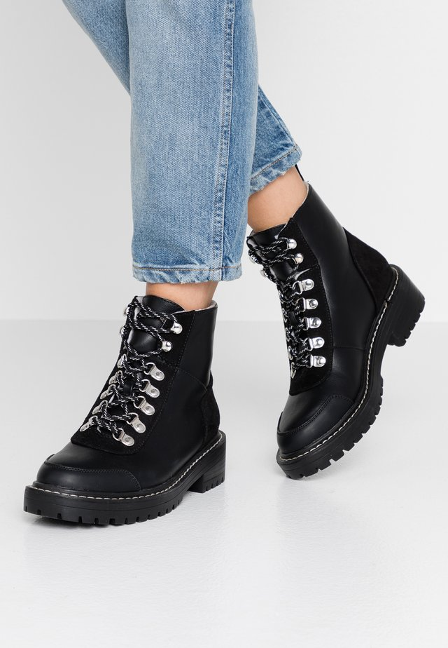 ONLBOLD LACE UP - Lace-up ankle boots - black