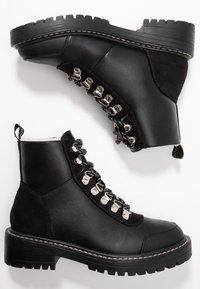 ONLY SHOES - ONLBOLD LACE UP - Šněrovací kotníkové boty - black - 3