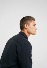 Outerknown - BLANKET - Chemise - pitch black - 4