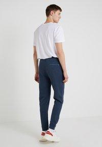 Outerknown - Pantalon de survêtement - deep blue - 2