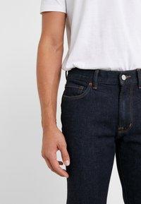 Outerknown - AMBASSADOR - Jeans Slim Fit - indigo - 5